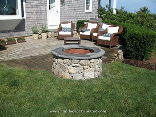 Stone fire pit construction