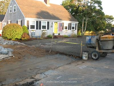 Click to view album: Diveway and Lawn Installation